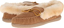 Minnetonka Alpine Sheepskin Moc