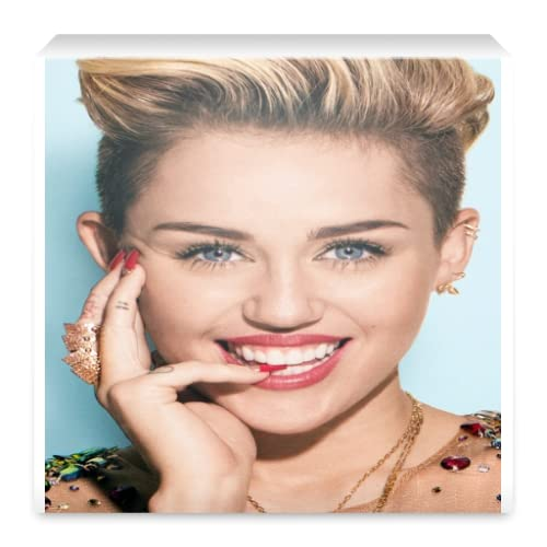 Miley Cyrus Wallpapers v1