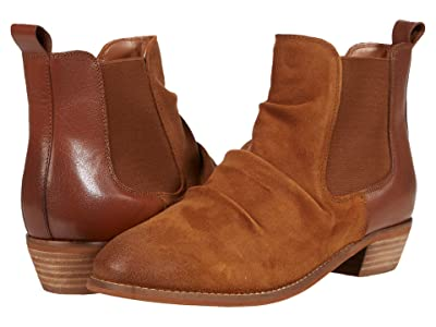 SoftWalk Rockford (Cognac Leather) Women