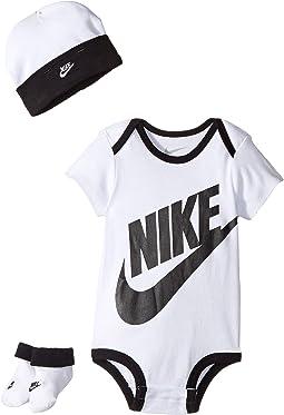 Nike Kids - Three-Piece Pack Futura Logo Set (Infant)