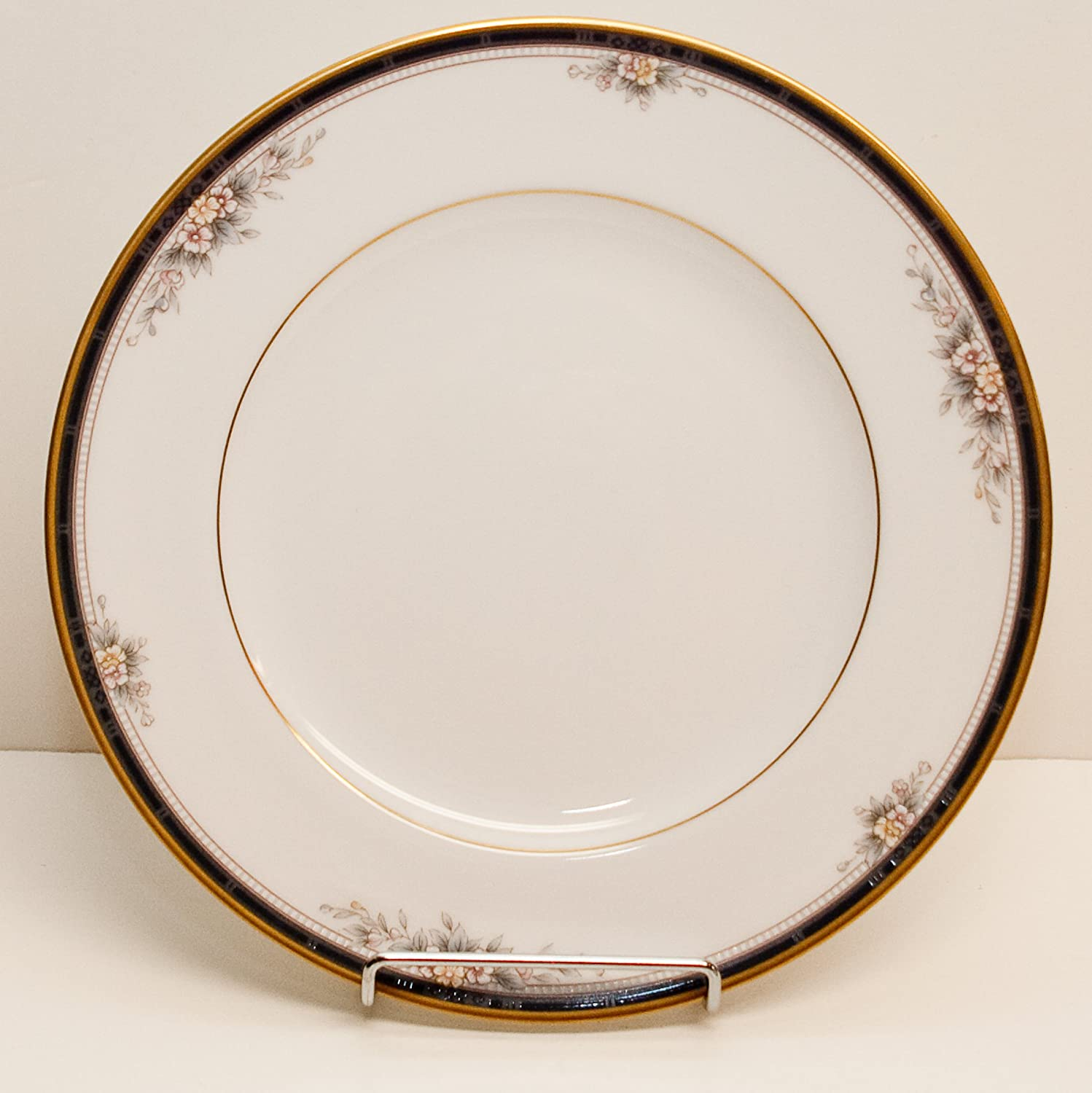 Noritake Japanese Limited time cheap sale China Max 75% OFF Ontario Bread Pattern Plate