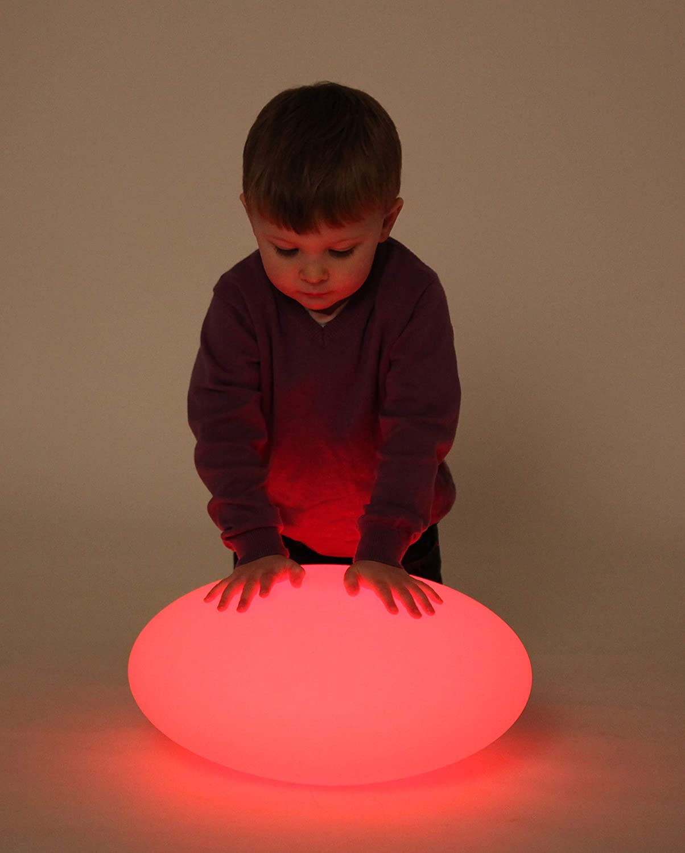 grandes ahorros TickiT 75548 Pelota ovalada de luz sensorial sensorial sensorial  Tu satisfacción es nuestro objetivo