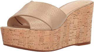 2f8134272d35 Amazon.com  Gold - Platforms   Wedges   Sandals  Clothing