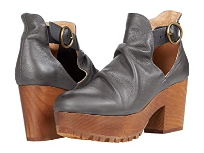 Free People Suri Clog (Dark Grey) Women