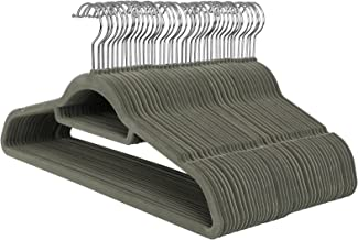 SONGMICS Kleiderbügel, SAMT, 50 Stück, 0,6 cm dick, Anzugbügel Jackenbügel mit Rutschfester Oberfläche, mit Zwei Einkerbungen, 360° drehbarer Haken, Antirutsch, Grau CRF50V