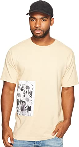 Daisy Page Print T-Shirt
