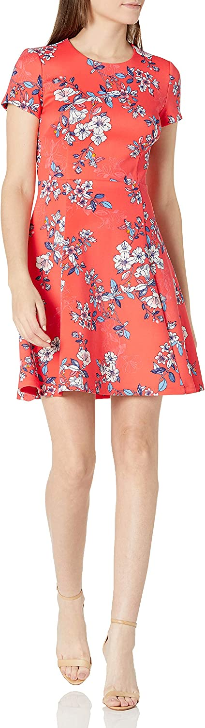 Vince Camuto Women's Printed Scuba Short Sleeve Fit and Flare Dress