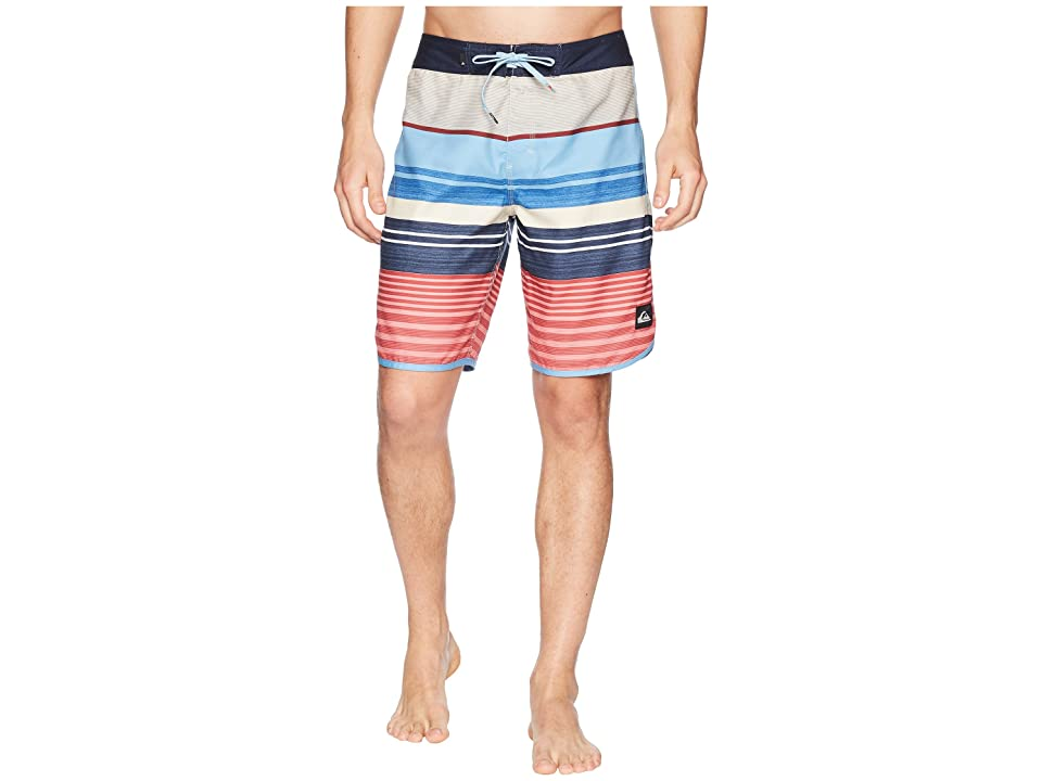 Quiksilver Eye Scallop 20 Boardshorts (Mineral Red) Men