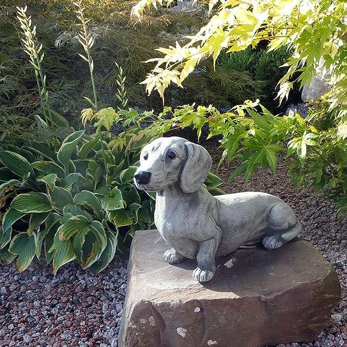 Amazon.com: Cute Dog Garden Decoration, Resin Dachshund Dog Garden Sculpture, Realistic Animal Outdoor Decoration, Suitable for Lawn Decoration, Yard Decoration, Memorial Statue Garden Art, etc : Patio, Lawn & Garden