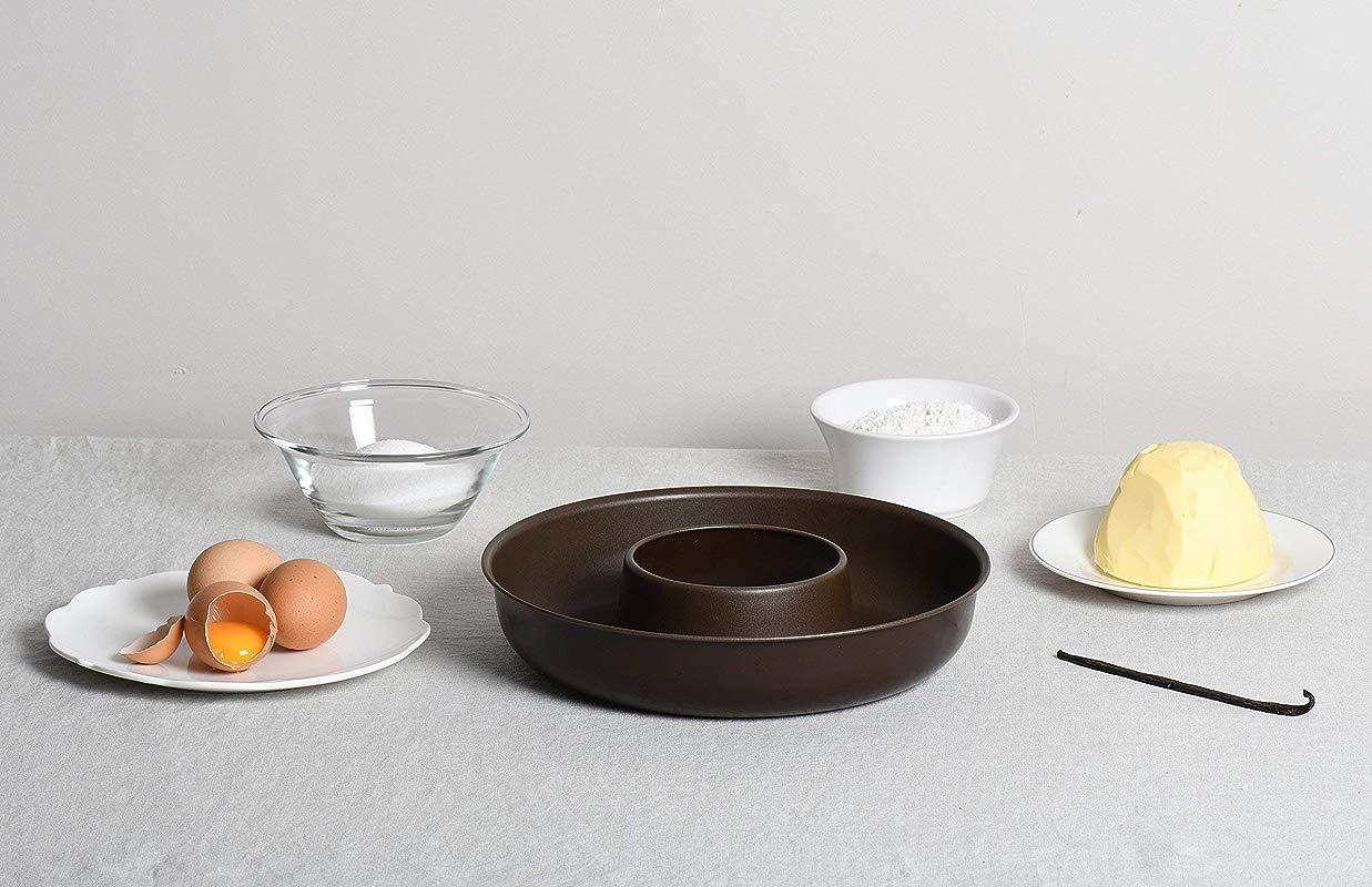 Paderno World Cuisine 9 1 2 Inch By 2 Inch Non Stick Savarin Mold