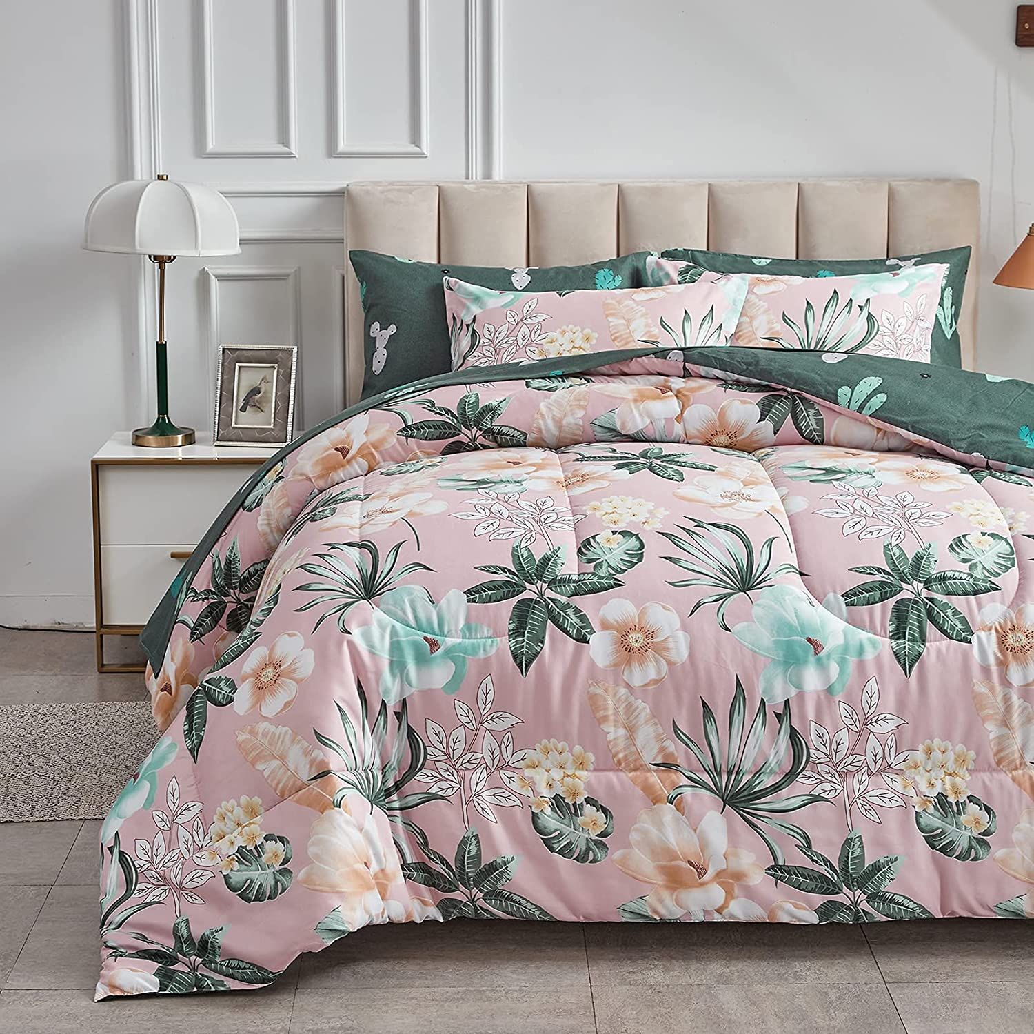 Uozzi Bedding Max 43% OFF Bed in a Bag 7 Pink Green Size Award-winning store Pieces Queen Leaves