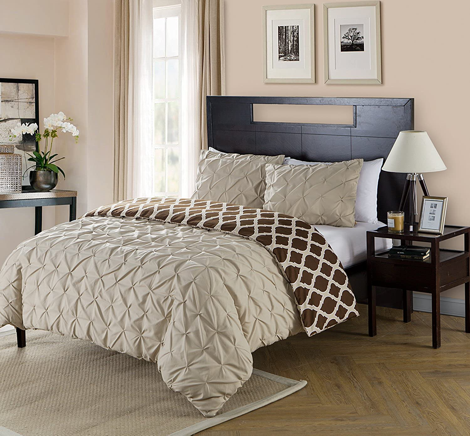 Queen Size Removable Duvet Cover Set Reversible in Taupe   Brown Pinched Pleat