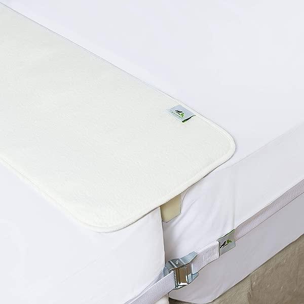 两个月内,将两个月内的特大床锁,一张大床,让我们把椅子和按摩浴缸,一起,把你的膝盖绑起来,和一个完美的床上,