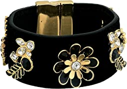 Wide Cuff with Magnetic Close and Stones Jet, Gold