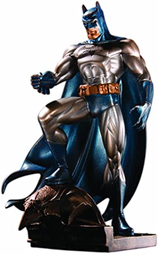 DC Collectibles Batman Statue Patina, 17  (dcd29717)