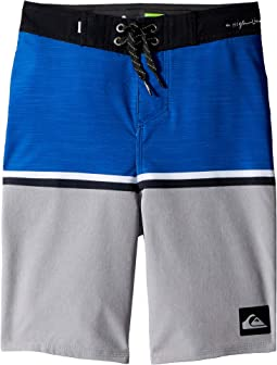 "Highline Division 18"" Boardshorts (Big Kids)"
