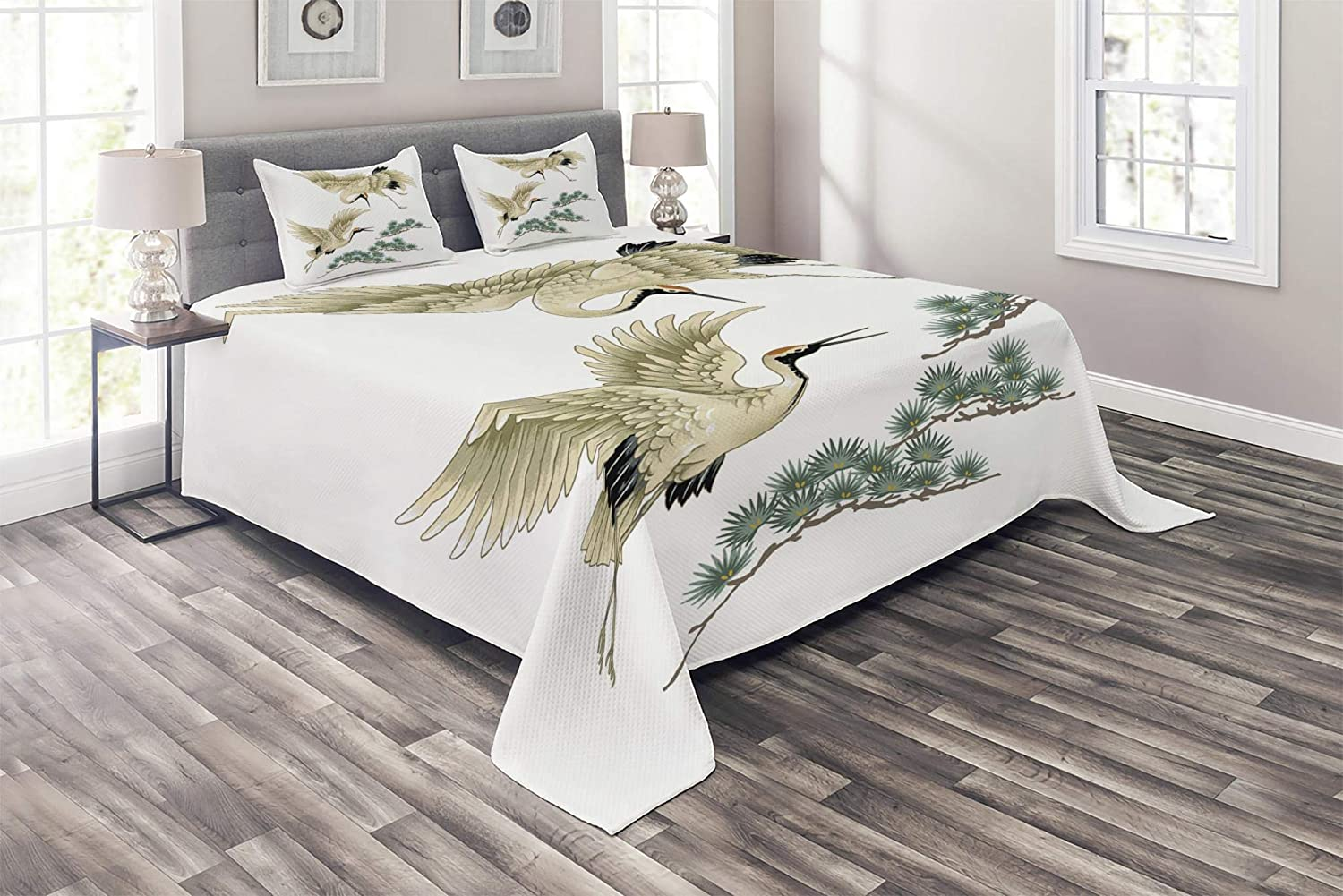 Lunarable Bird Coverlet Set Queen Size, Two Japanese Cranes Flying Traditional Painting Style Far Eastern Illustration, 3 Piece Decorative Quilted Bedspread Set with 2 Pillow Shams, Ivory Green Black