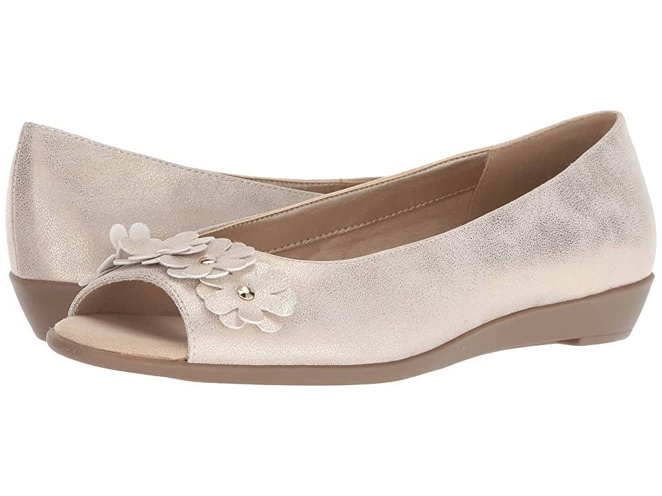 A2 by Aerosoles At Long Last (Gold Metallic) Women\u0027s Shoes