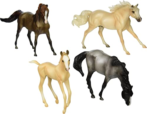 Breyer 1 12 Classics Model Horse Cloud's Encore 4-Piece Gift Set
