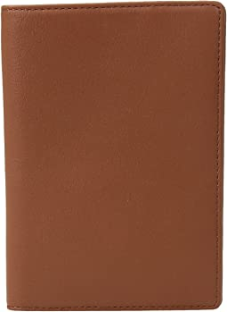 WANT Les Essentiels - Pearson Passport Cover