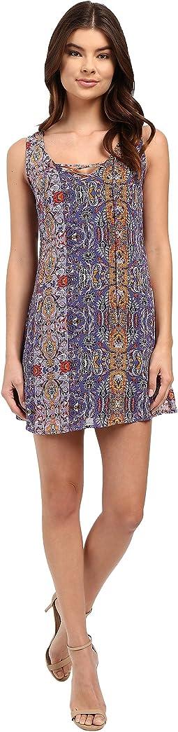 Dilan Sleeveless Lace-Up Dress