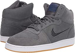 a5e0fe076058 Nike recreation mid top premium