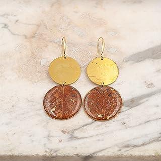 Orecchini pendenti in resina e ottone con foglie di pero - gioielli natura - orecchini foglia - gioielli fatti a mano