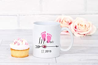 Personalized Mom Est 2019, Gift for New Mom, Mother's Day Gift, Baby Shower Gift, Baby Footprint, New Mom Mug, Gift for Mom To Be