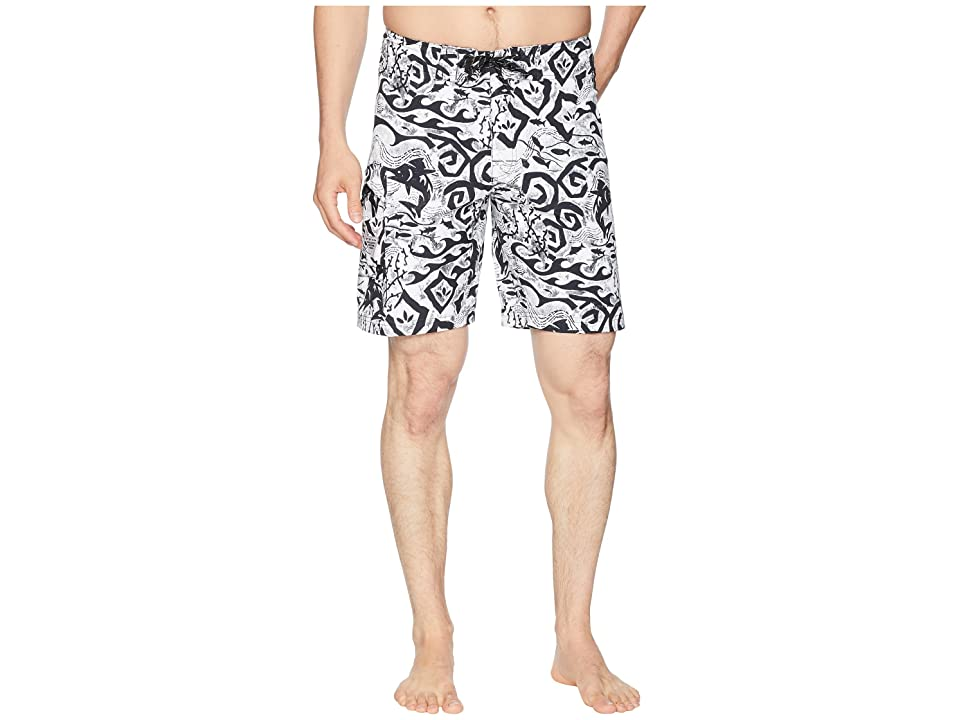 Columbia PFG Offshore II 9 inch Board Shorts (Black Deep Sea Batik) Men