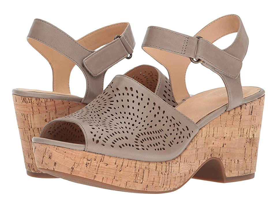 Clarks Maritsa Nila (Sand Leather) Women