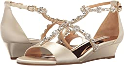 Badgley Mischka Terry