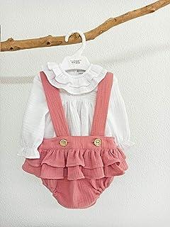 Conjunto bebé blusa y peto con volantes. Conjunto artesanal para niña.