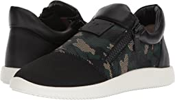 Singles Camo Low Top Sneaker