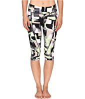 Zobha - Printed Capris w/ Side Zip Pocket