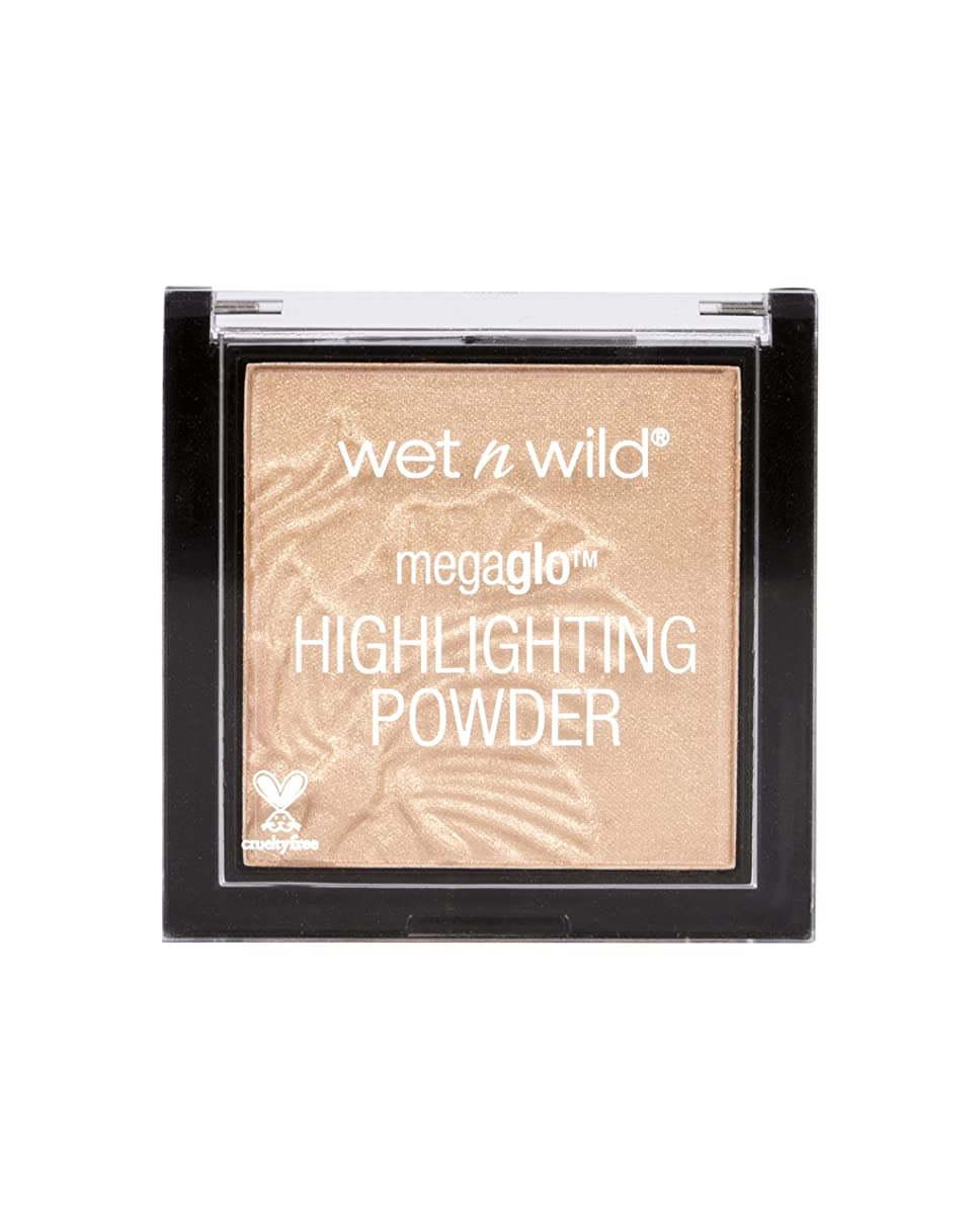 ラップ賞賛する恩赦WET N WILD MegaGlo Highlighting Powder - Precious Petals (並行輸入品)