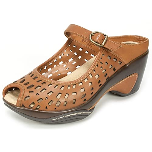 3d346a9f2b5c WHITE MOUNTAIN MARVY  Women s Leather Mule