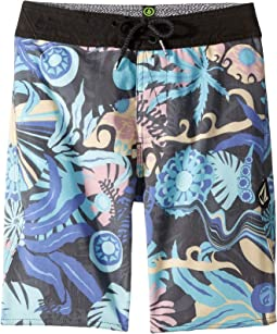 Tripped Boardshorts (Big Kids)