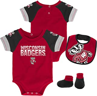 Gen 2 NCAA Unisex-Child NCAA Newborn & Infant 50 Yard Dash Bib & Bootie Set