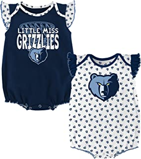 c842c586d Outerstuff NBA Unisex-Baby NBA Newborn   Infant Heart Fan 2 Piece Onesie
