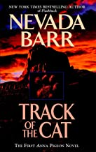 Track of the Cat (Anna Pigeon Mysteries, Book 1): A gripping crime novel of the Texan wilderness