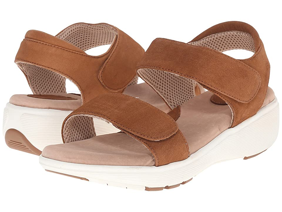 SoftWalk Elevate 2.0 (Tan Tumbled Buff Leather) Women