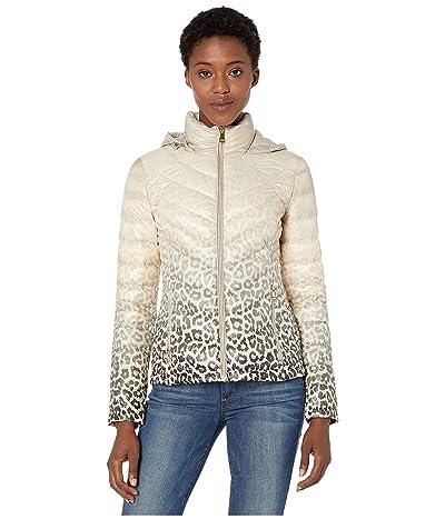 Calvin Klein Short Down Packable with Chevron Quilt Lines (Latte Cheetah) Women