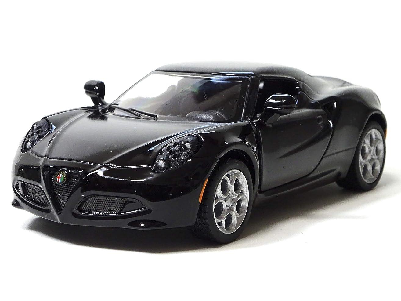 くしゃくしゃ予測子サポートキンスマート 2013 アルファロメオ 4C ブラック 1/32 ミニカー