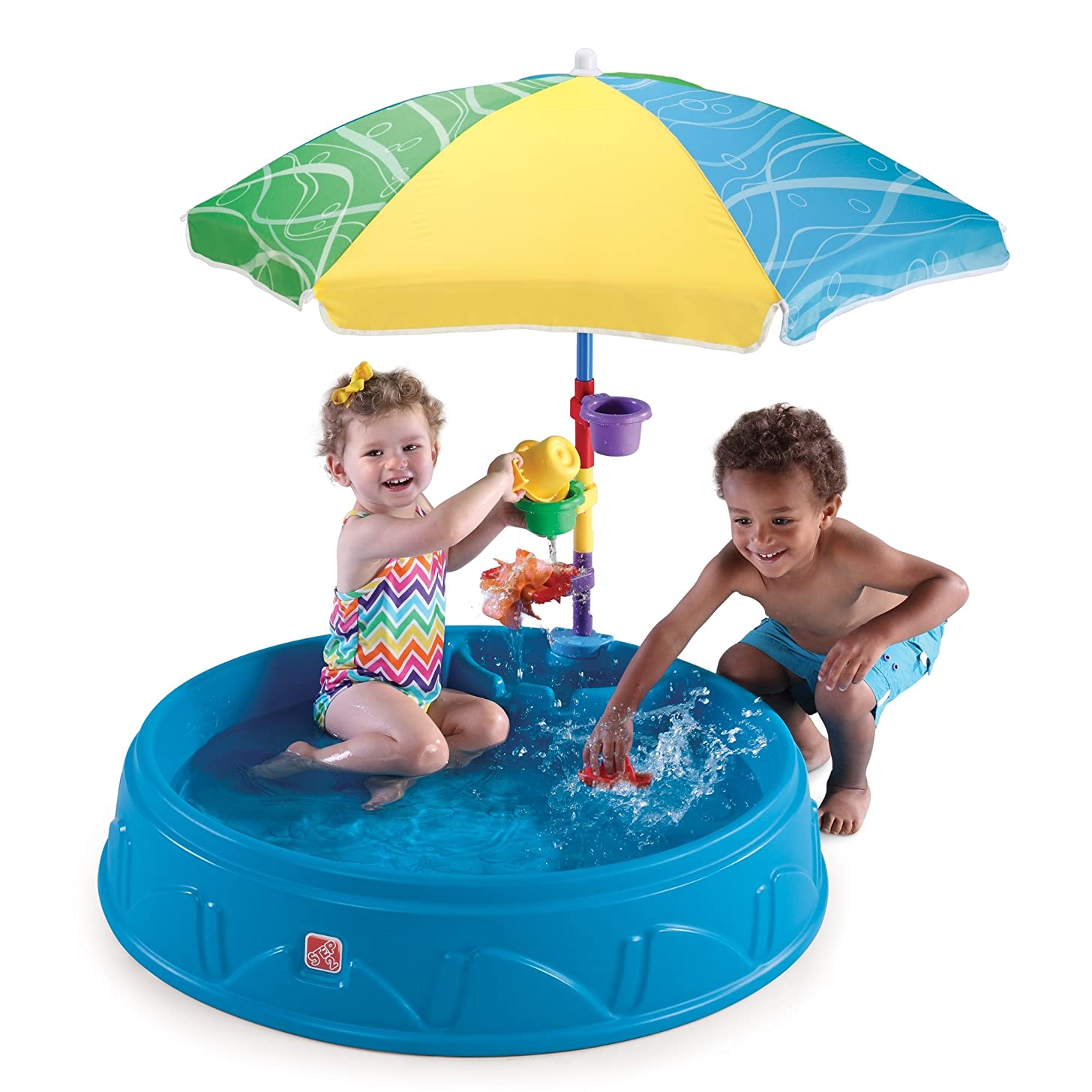 Step2 Play & Shade Pool   Kids Outdoor Pool with Umbrella & Water Toy Accessories