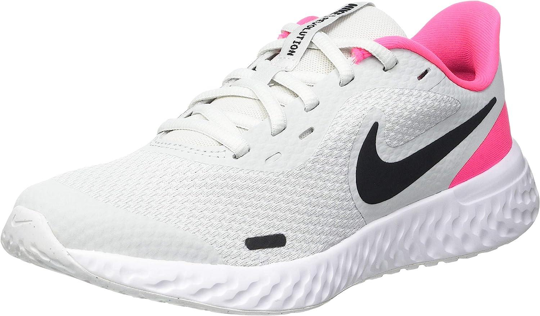 Nike Unisex-Child Revolution 5 Grade School Running Shoe