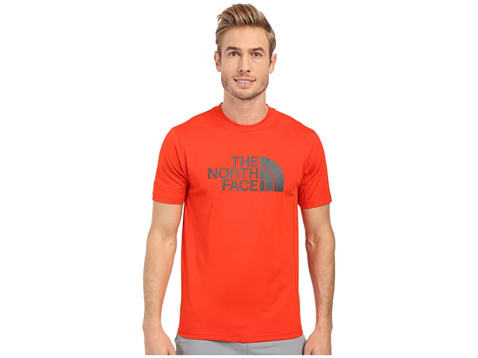 The North Face Short Sleeve Sink or Swim Rashguard (Fiery Red/Asphalt Grey (Prior Season)) Men
