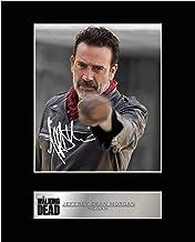 Jeffrey Dean Morgan, foto firmada por Negan con el número 1 de The Walking Dead
