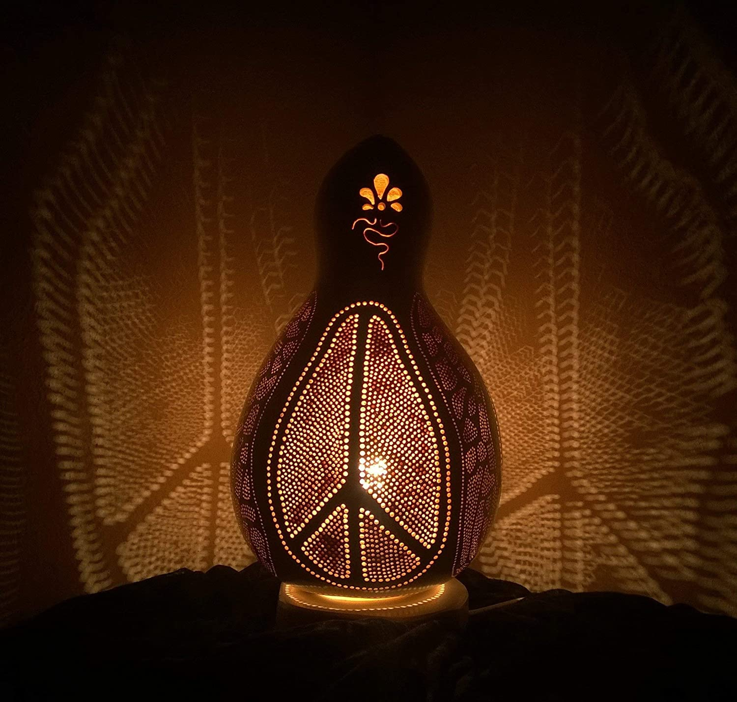 Peace of Free shipping on posting reviews Mind Fine Handmade Gourd Living Night Special price Lamp Room light
