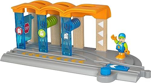 BRIO World 33874 Smart Tech Waschanlage für Züge – Waschstra mit rollenden Walzen & Sound-Effekten – Interaktives Spielzeug empfohlen ab 3 Jahren