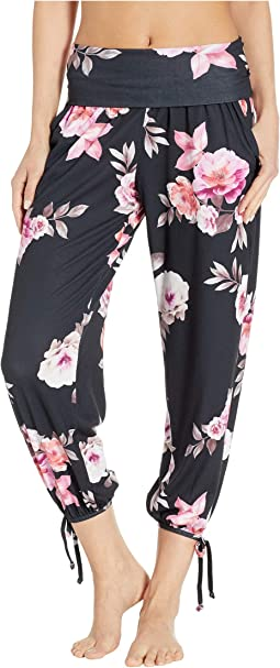 c96af553eafc9 Women's Onzie Pants + FREE SHIPPING | Clothing | Zappos.com